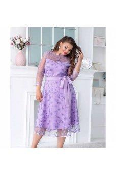 Нарядное платье с гипюром пудрового цвета
