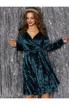Коктейльное платье из мраморного велюра бирюзового цвета