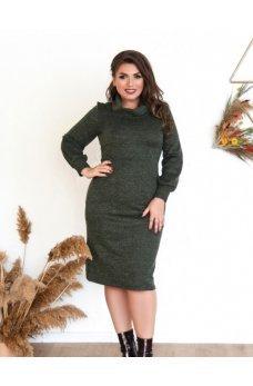 Теплое зеленое платье большого размера
