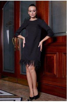 Платье трапеция черного цвета с перьями