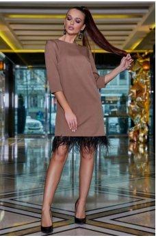 Гламурное женское платье бежевого цвета