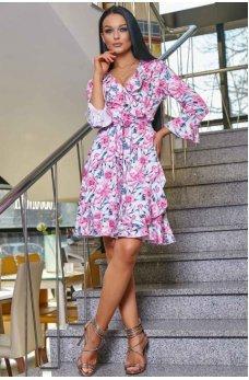 Молодежное платье в розовом цветочном оттенке