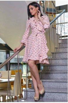 Стильное молодежное платье персикового цвета в горошек