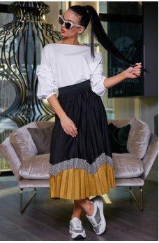 Модная черная плиссированная юбка с горчичной вставкой