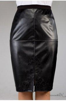 Оригинальная черная юбка с эко-кожи и костюмной ткани