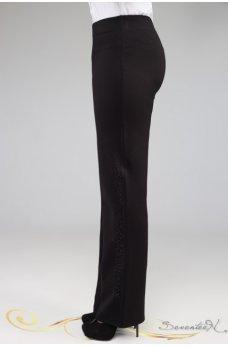 Классические черные брюки с оригинальной вставкой