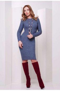 Синее вязаное платье из мягкой пряжи