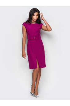 Стильное платье-футляр цвета фуксия