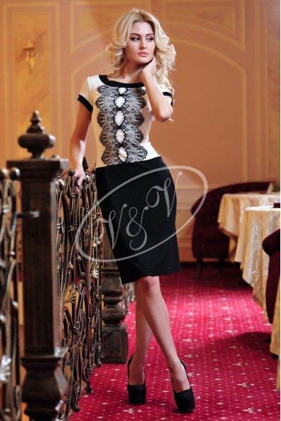 Изысканное платье шампань и черный