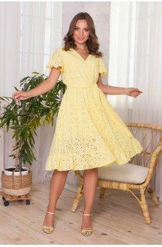 Желтое нежное летнее платье миди