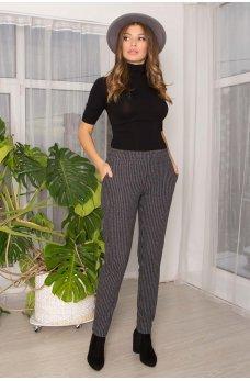 Серые трикотажные зауженные женские брюки