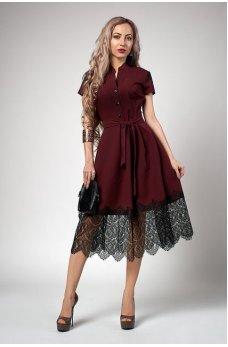 Бордовое платье с пышной юбкой