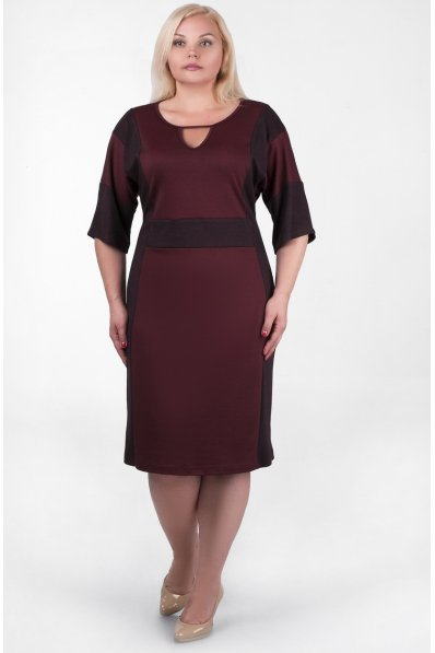 Бордовое платье с юбкой трапецией