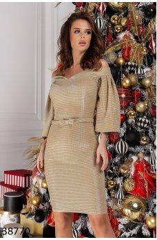 Эффектное золотистое платье