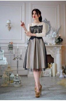 Бежевое платье из французского трикотажа с фатином