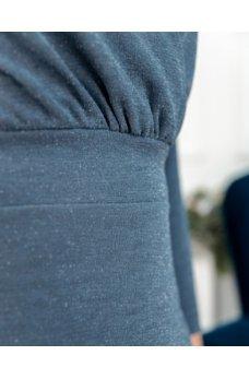 Элегантное минималистичное платье джинсового цвета