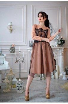 Карамельное платье из французского трикотажа с фатином