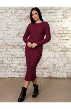 Теплое вязаное платье бордового цвета