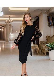 Женственное платье с гипюровыми рукавами черного цвета