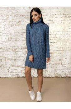 Зимнее платье голубого цвета
