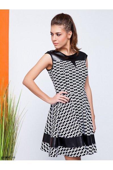 Черно-белое платье с кожей