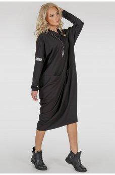 Черное платье оверсайз ассиметричного покроя