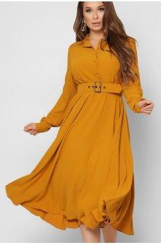 Горчичное утонченное платье миди с поясом