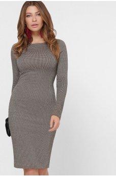 Бежевое стильное клетчатое платье-футляр