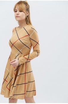 Бежевое утонченное короткое платье с полосками