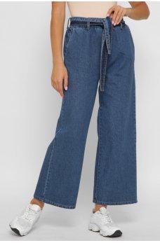 Синие джинсы-клеш с поясом