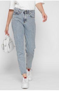 Светло-синие джинсы-мом с карманами