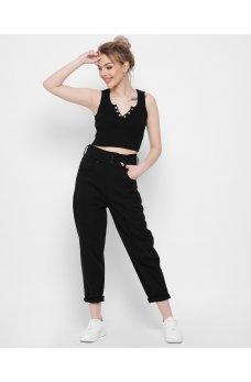Черные комфортные зауженные джинсовые брюки