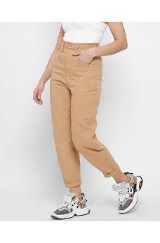 Оригинальные джинсовые штаны мом песочного цвета