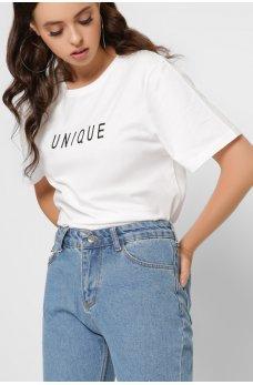 Белая базовая футболка с надписью Юник