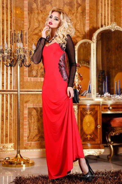 Нарядне червоне довге плаття