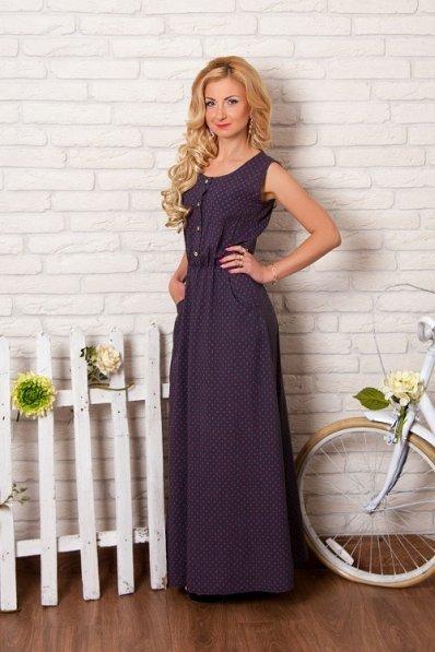 Летнее принтованное платье из штапеля розовые буквы