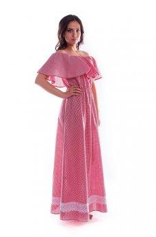 Длинное красное платье в клеточку