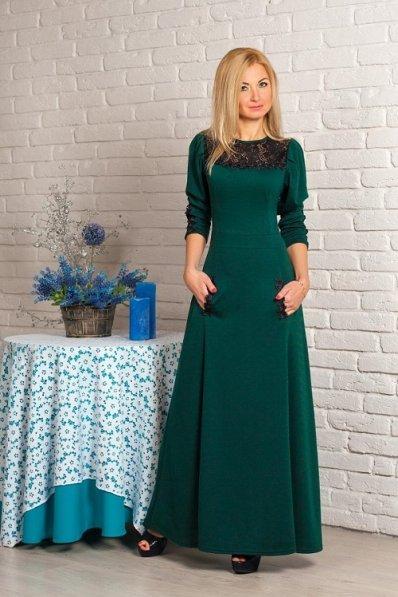 Нарядное изумрудное платье в пол
