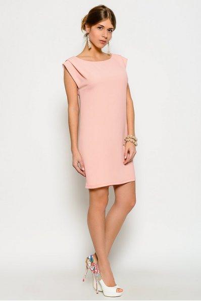 Платье персик прямого силуэта