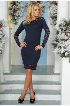 Элегантное темно-синее платье с фигурными вставками из гипюра