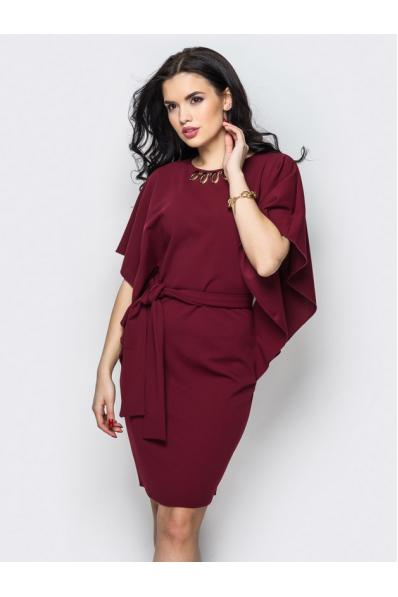 Оригинальное вишневое платье с цельнокроенным рукавом