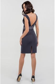 Коктейльное платье футляр серого цвета