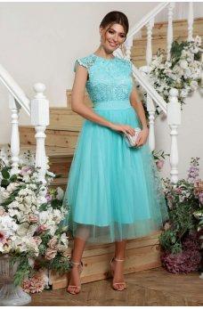 Мятное изящное платье с гипюром