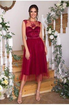 Бордовое яркое выпускное платье