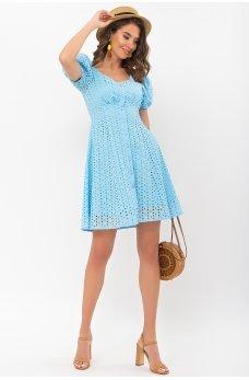 Голубое трендовое минималистичное платье