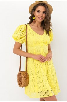 Желтое яркое лучезарное платье мини из прошвы