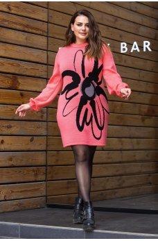 Коралловое вязаное платье с цветком