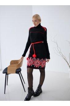 Вязаное платье вышиванка черное с красным орнаментом