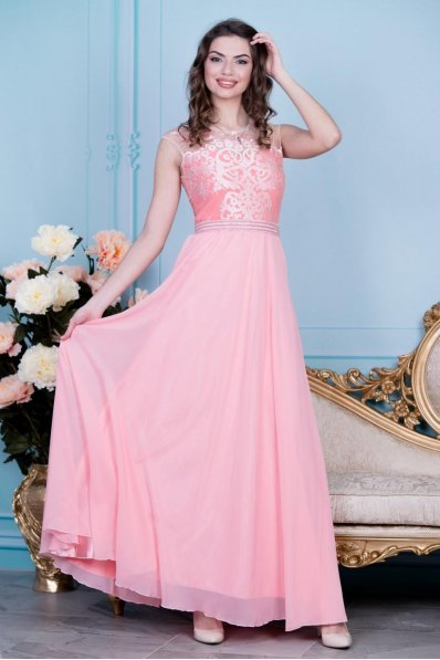 Изысканное вечернее платье персик