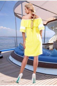 Желтое романтичное платье с воланом